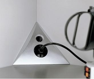 Luxor ST/S - угловая розетка с кнопкой